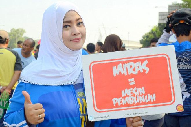 Fahira Idris Minta Jokowi Tinjau Aturan Penjualan Miras