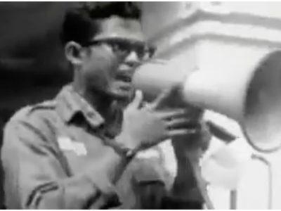 Bapak Fahmi Idris pada aksi tritura angkatan 66
