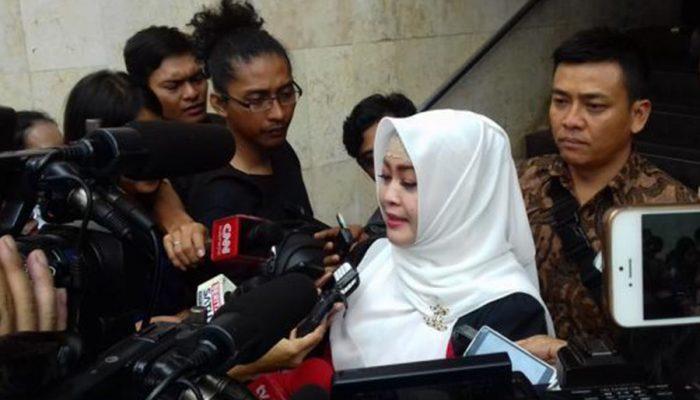 Geram Karena Bang Japar Dijadikan Foto Profil, Fahira Idris Buru Pemilik Akun @Dhefhoyama